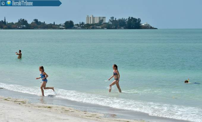 Looking across Big Pass at Siesta Key, from South Lido Beach. This is the area the Army Corps of Engineers has proposed removing sand from the shoal to be used to renourish the beach on Lido Key. HERALD-TRIBUNE ARCHIVE / 2014 / MIKE LANG